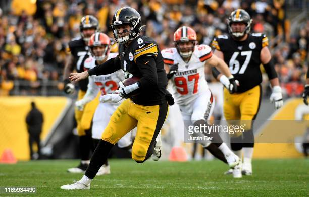 Devlin Hodges of the Pittsburgh Steelers carries the ball in the third quarter during the game against the Cleveland Browns at Heinz Field on...