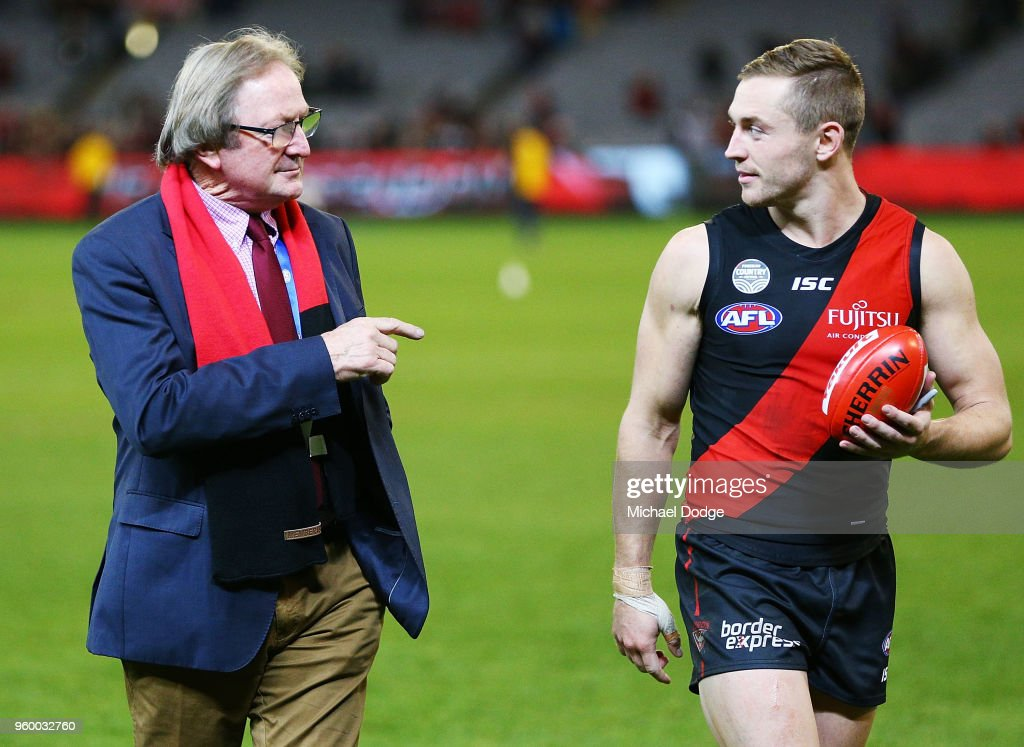 AFL Rd 9 - Essendon v Geelong : News Photo
