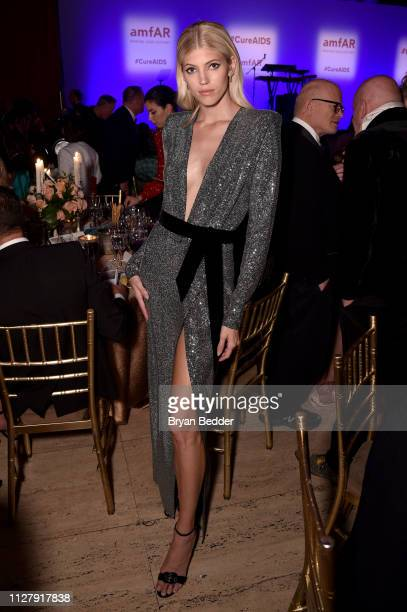 Devon Windsor attends the amfAR Gala New York 2019 at Cipriani Wall Street on February 06 2019 in New York City