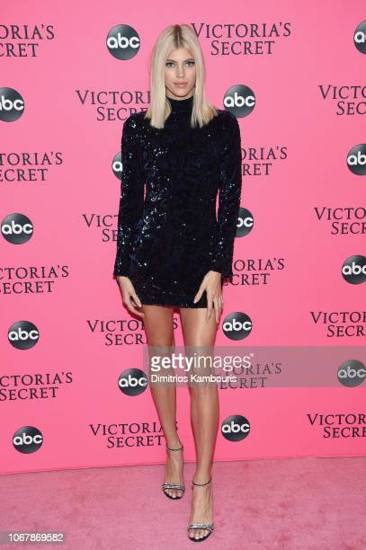 Devon Windsor attends the Victoria's Secret Viewing Party ar Spring Studios on December 2 2018 in New York City