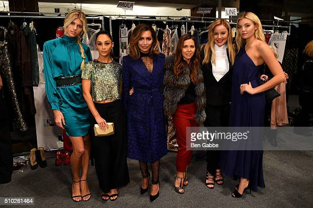 Devon Windsor Cara Santana Naya Rivera Monique Lhuillier Abbie Cornish and a guest pose backstage at the Monique Lhuillier Fall 2016 fashion show...
