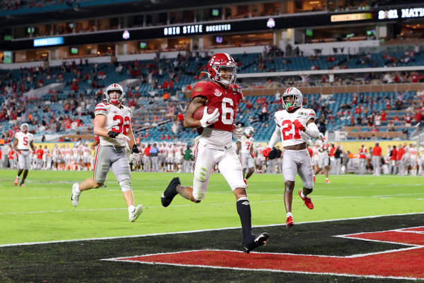 DeVonta Smith of the Alabama Crimson Tide rushes for a 42 yard touchdown during the second quarter of the College Football Playoff National...