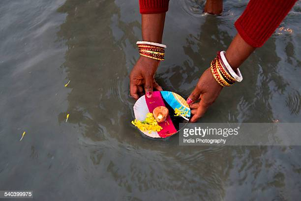 devotee at gangasagar mela - makar sankranti stock pictures, royalty-free photos & images