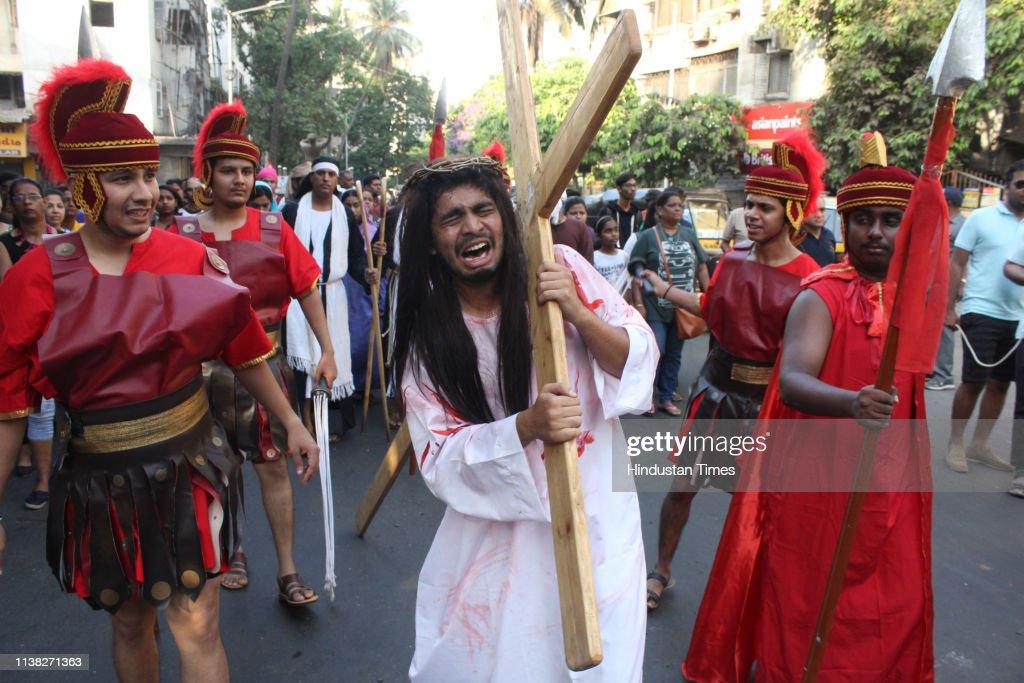 IND: Christians Observe Good Friday