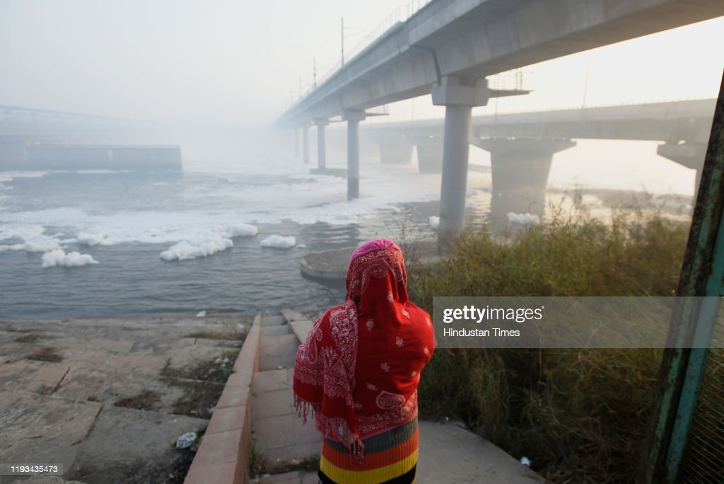 Shallow Fog In Delhi, AQI Slips To Very Poor : News Photo
