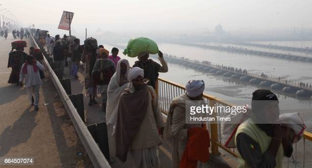 Devotees leave Allahabad