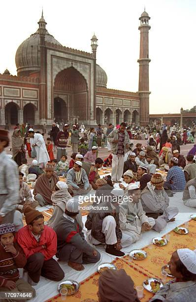 Devotees offering Namaaz Jama Masjid Old Delhi India