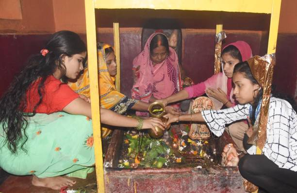 IND: Devotees Offer Prayers On Second Monday Of Sawan Month