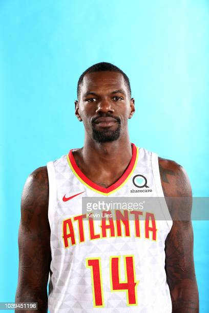 Dewayne Dedmon of the Atlanta Hawks poses for a head shot during the Atlanta Hawks Media Day on September 24 2018 at the Emory Sports Medicine...