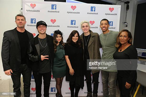 Dewayne Jones Wesley Stromberg Megan Nicole Ricki Lake Sammy Wilkinson Melvin Gregg and Marie Da Silva attend the launch of #TREATMENTFORALL at the...