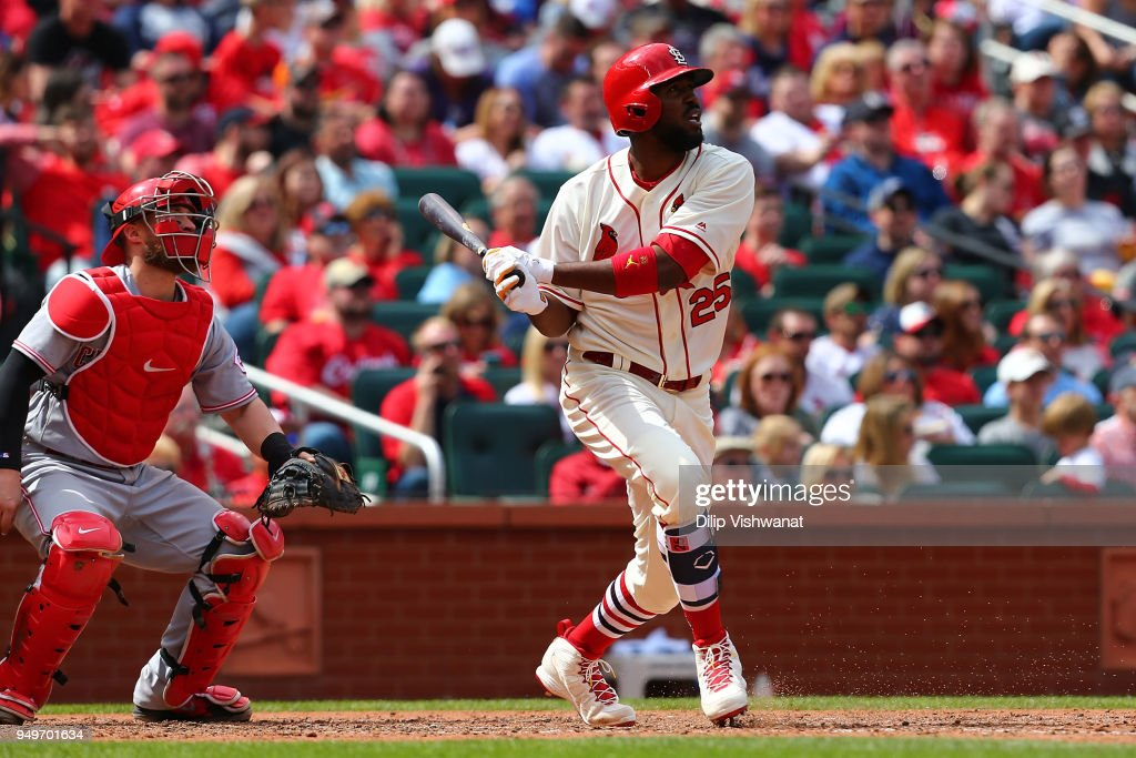 Dexter Fowler #25 of the St. Louis Cardinals hits a home run against the Cincinnati Reds in the sixth inning at Busch Stadium on April 21, 2018 in St. Louis, Missouri.