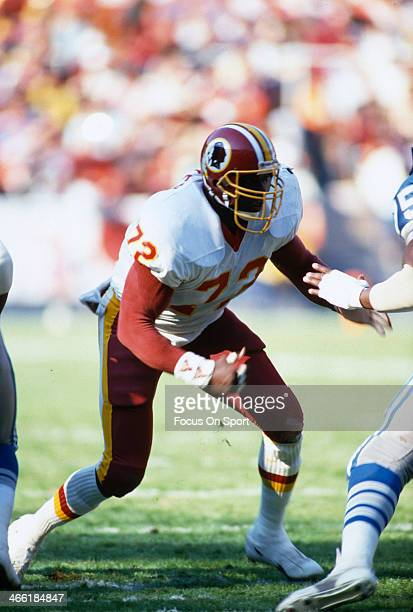 Dexter Manley of the Washington Redskins in action against the Detroit Lions during an NFL football game November 15 1987 at RFK Memorial Stadium in...