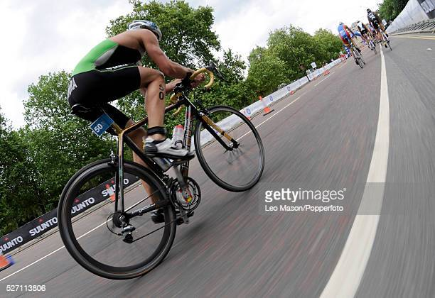 Dextro Energy/ ITU World Championship Triathlon Hyde Park London UK Competitors during the 384km bike race The event was won by Javier Gomez ESP in...