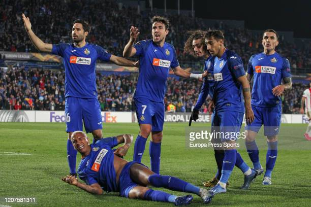 Deyverson Brum Silva of Getafe Jaime Mata of Getafe and Xabi Etxeita of Getafe protest to fans of AFC Ajax during the UEFA Europa League football...