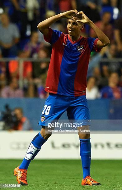 Deyverson of Levante celebrates scoring his team's first goal during the La Liga match between Levante UD and Villarreal CF at Estadi Ciutat de...