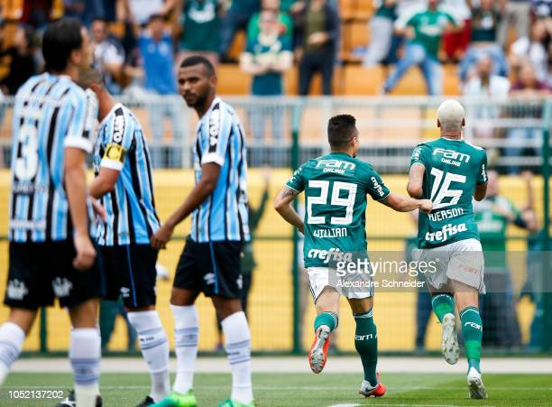 Deyverson of Palmeiras celebrates after scoring their first goal during the match against Gremio for the Brasileirao Series A 2018 at Pacaembu...
