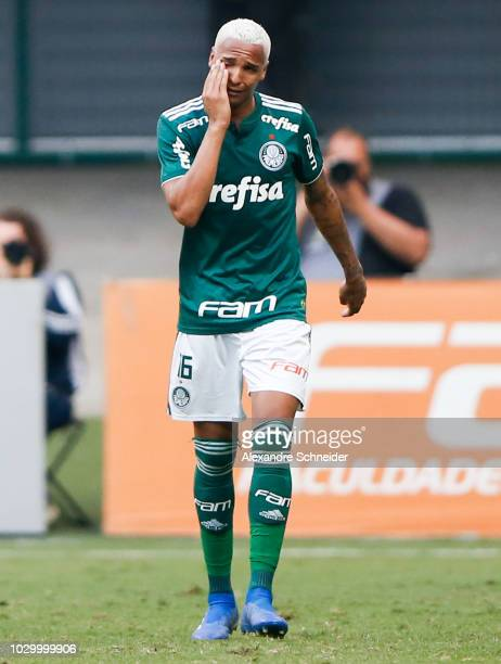 Deyverson of Palmeiras celebrates their first goal during the match against Corinthians for the Brasileirao Series A 2018 at Allianz Parque Stadium...
