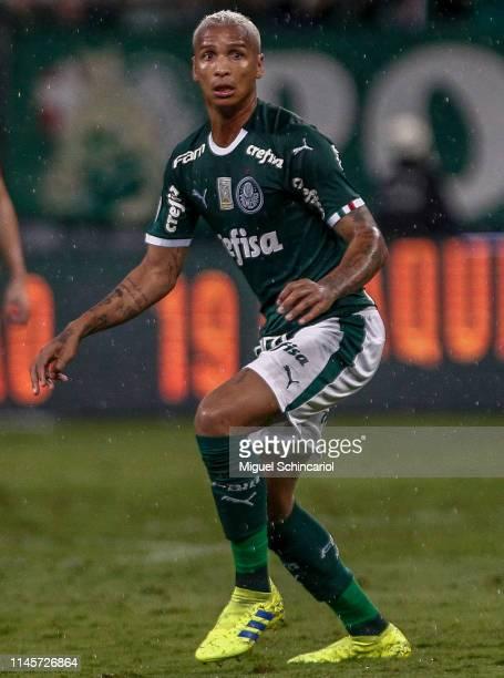 Deyverson of Palmeiras in action during a match between Palmeiras and Fortaleza at Allianz Parque on April 28 2019 in Sao Paulo Brazil