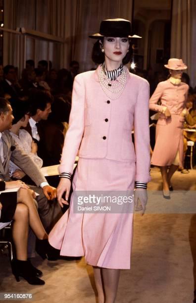 Défilé Chanel collection Haute Couture PrintempsEté 1983 en janvier 1983 à Paris France