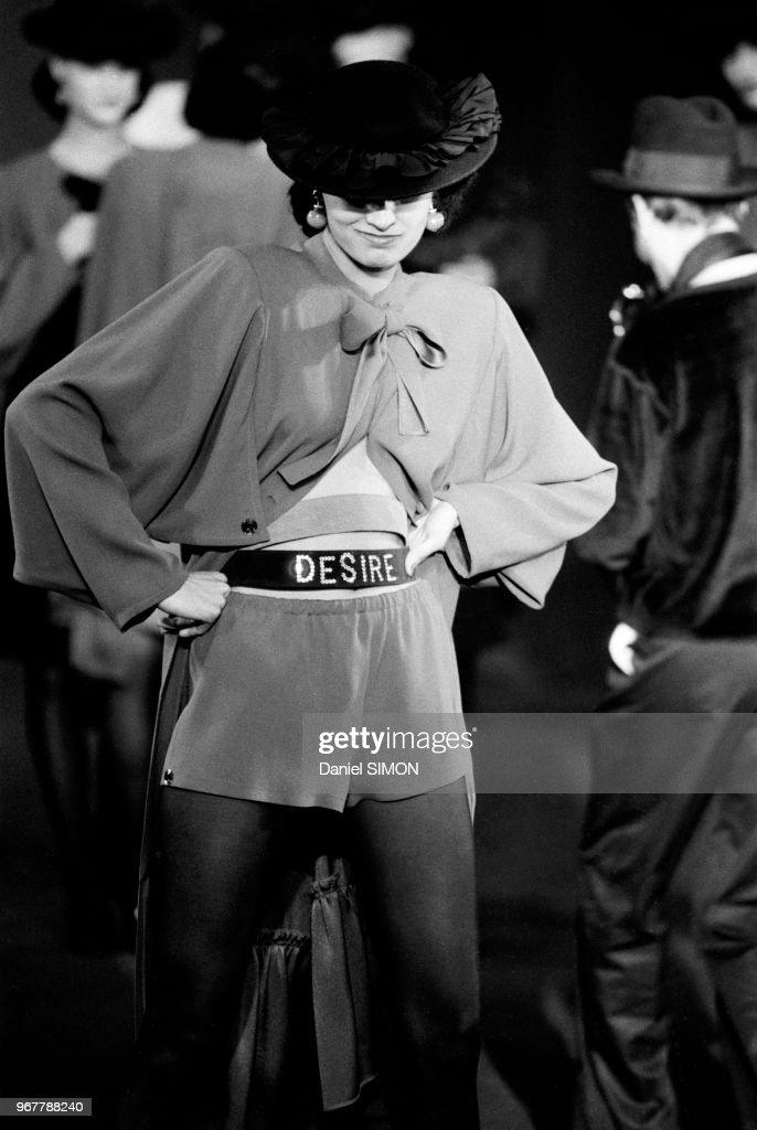 Défilé Sonia Rykiel, Prêt-à-porter, collection Automne-Hiver 1982 : Photo d'actualité