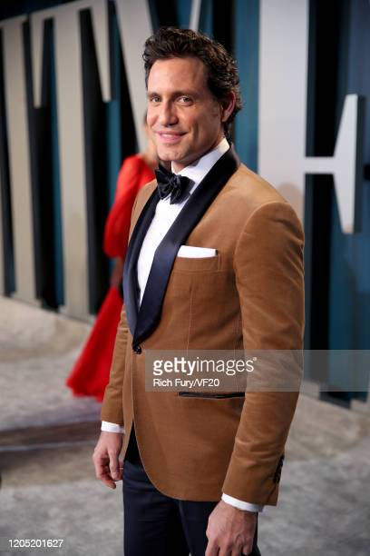 Édgar Ramírez attends the 2020 Vanity Fair Oscar Party hosted by Radhika Jones at Wallis Annenberg Center for the Performing Arts on February 09 2020...