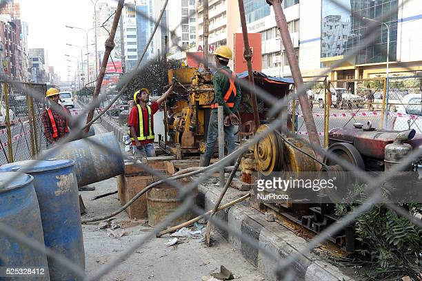 Dhaka 04 March 2015. Metro rail project staff conducting geo-technical survey at Karwan Bazar in Dhaka to determine the nature of the soil. The metro...