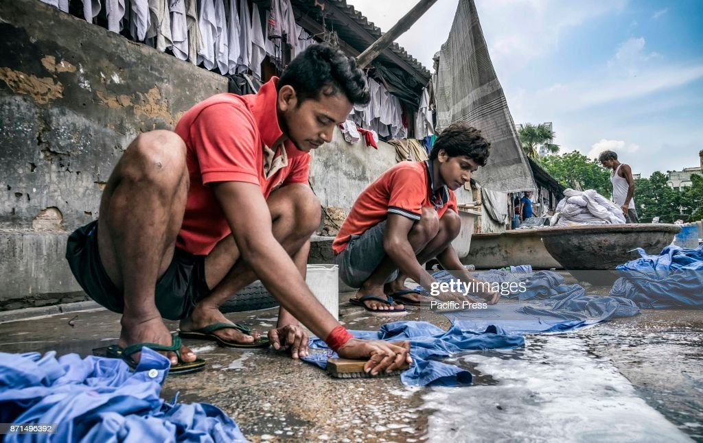 Dhobi Ghat a is place which is known as cloths washing place... : Fotografia de notícias