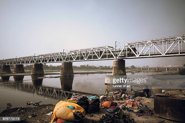 dhobi ghat along the yamuna riverbank - agra stock pictures, royalty-free photos & images
