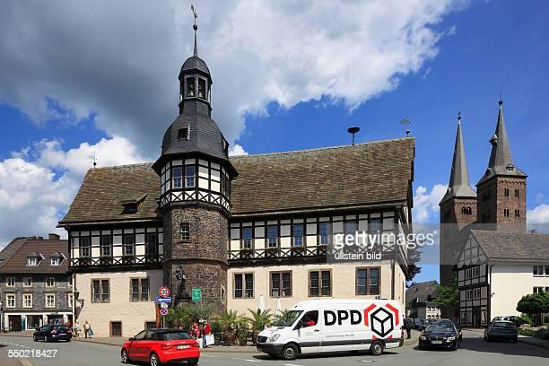 Hoexter, Weser, Oberwaelder Land, Weserbergland, Teutoburg Forest / Egge Hills Nature Park, East Westphalia, North Rhine-Westphalia, NRW, city hall,...