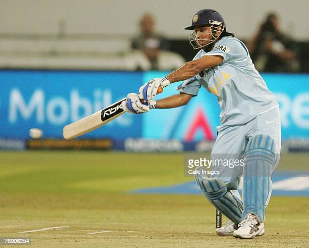 178 Dhoni T20 World Cup 2007 Photos And Premium High Res Pictures Getty Images