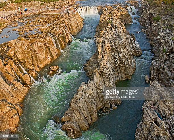 dhuandhar waterfalls - jabalpur - madhya pradesh stock pictures, royalty-free photos & images