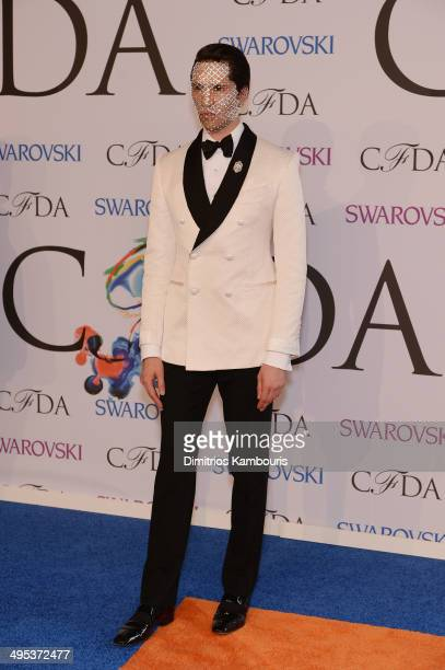 Di Mondo attends the 2014 CFDA fashion awards at Alice Tully Hall Lincoln Center on June 2 2014 in New York City