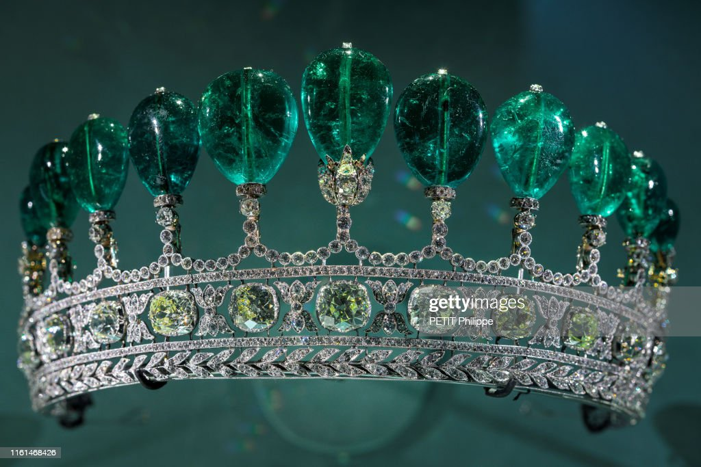 https://media.gettyimages.com/photos/diadem-of-princess-katharina-henckel-von-donnersmarck-is-photographed-picture-id1161468426