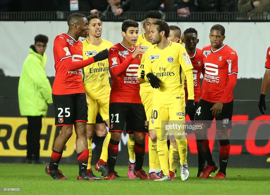 Diafra Sakho and Benjamin Andre of Stade Rennais argue with Neymar Jr of PSG during the French League Cup (Coupe de la Ligue) match between Stade Rennais and Paris Saint Germain (PSG) at Roazhon Park on January 30, 2018 in Rennes, France.