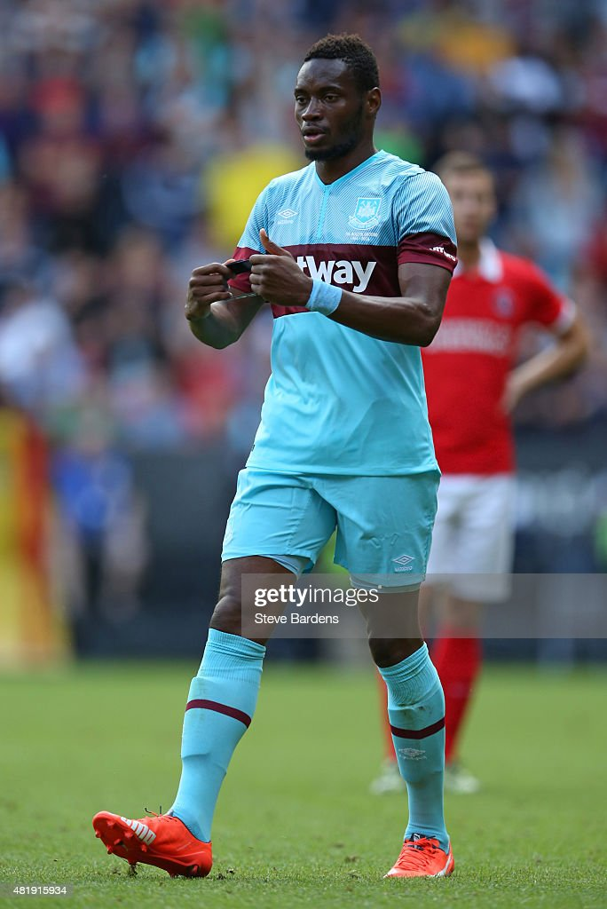 Diafra Sakho of West Ham United removes the captains armband during the pre season friendly match between Charlton Athletic and West Ham United at the Valley on July 25, 2015 in London, England.