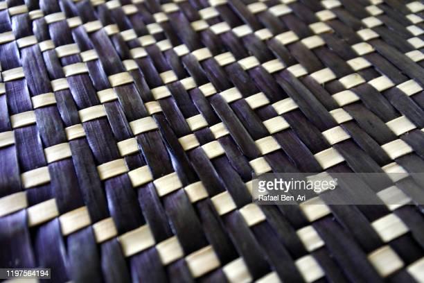diagonal woven mat of brown coconut leaves - rafael ben ari - fotografias e filmes do acervo