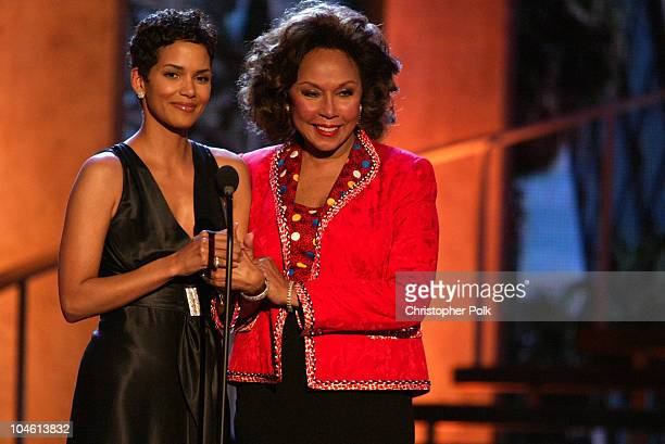 Diahann Carrol Halle Berry during The TV Land Awards Celebration of Classic TV at Hollywood Palladium in Hollywood CA United States
