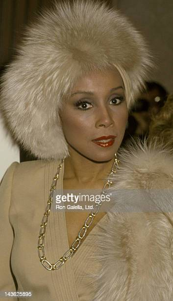 Diahann Carroll attends 22nd Annual Publicists Guild of America Awards on March 22, 1985 at the Beverly Hilton Hotel in Beverly Hills, California.