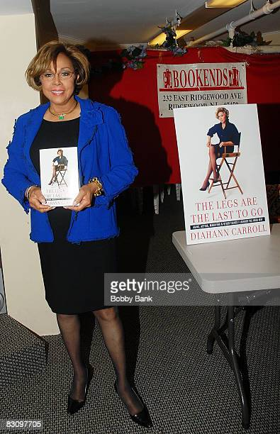 """Diahann Carroll signs her book """"The Legs Are The Last To Go"""" at Bookends on October 2, 2008 in Ridgewood, New Jersey."""