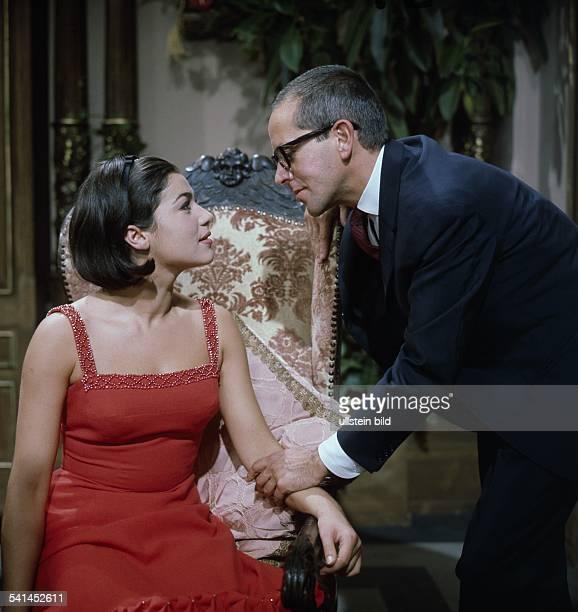 DIAHannelore Elsner*Schauspielerin D mit Gerd Vespermann in dem Fernsehfilm Leider lauter Lügen 1964