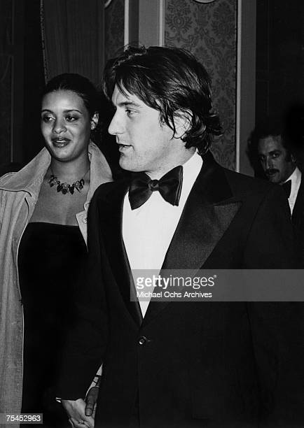 Diahnne Abbott and Robert De Niro arrive at the 5th Annual AFI Lifetime Achievement Award, Salute to Bette Davis on March 1 in Hollywood, California.