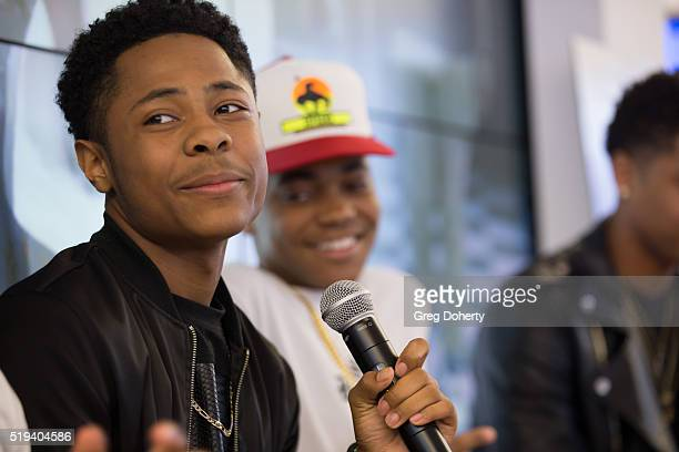 Diallo Thompson answers questions from the audience during the Meet Greet for actors in Barber Shop 3 The Next Cut at the Microsoft Store on April 5...