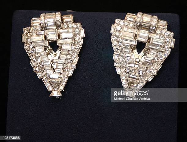 Diamond clips by Cartier during InStyle Magazine and The Diamond Trading Company Kick Off the 2005 Award Season with $30 Million Worth of Diamonds...