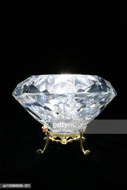 diamond, close up - crown close up stock pictures, royalty-free photos & images