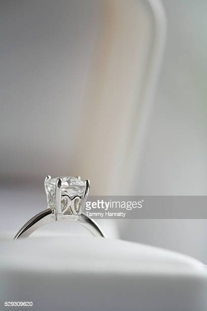 diamond engagement ring in jewelry box - engagement ring box stock photos and pictures