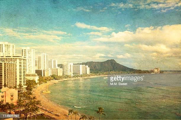 diamond head waikiki hawaii - waikiki stock pictures, royalty-free photos & images