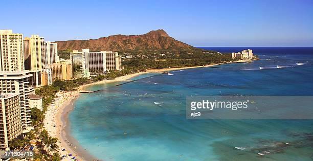 diamond head waikiki honolulu pacific ocean beach on oahu hawaii - waikiki stock pictures, royalty-free photos & images