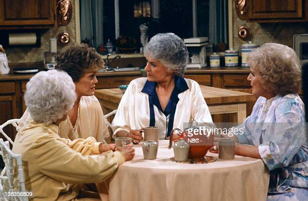 "Diamond in the Rough"" Episode 22 -- Pictured: Estelle Getty as Sophia Petrillo, Rue McClanahan as Blanche Devereaux, Bea Arthur as Dorothy Petrillo..."