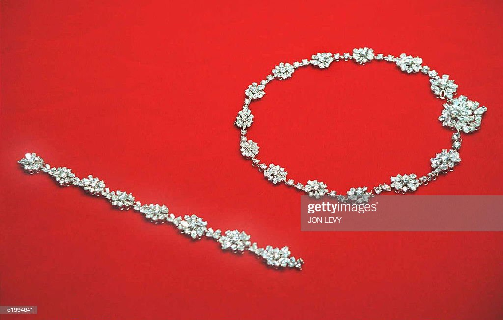 A diamond necklace and bracelet belonging to Her R : News Photo