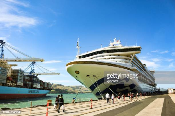 diamond princess cruise at port chalmers, new zealand - kyonntra stock pictures, royalty-free photos & images
